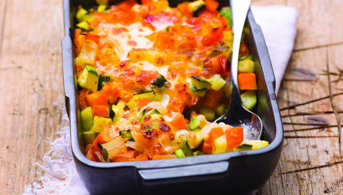 Ratatouille de legumes com queijo mozarela