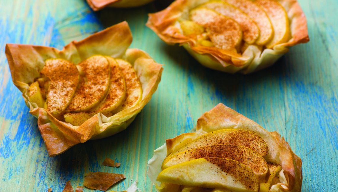 Tarte de maçã e mel em massa filo crocante